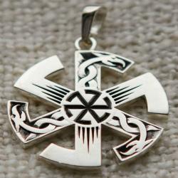 """""""Коловрат"""" один из самых древних символов славян."""