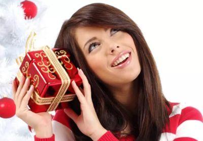 Что подарить девушке на новый год 2018