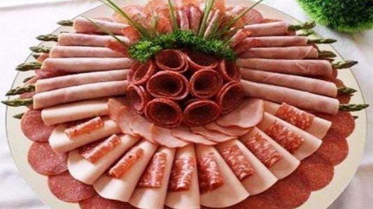 всевозможные мясные или колбасные нарезки