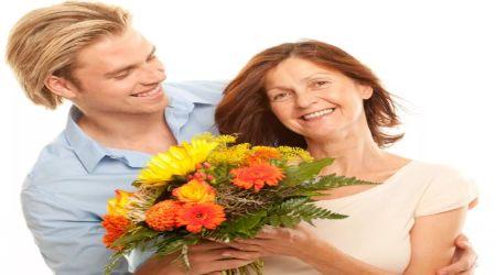 старайтесь чаще радовать собственных мам даже без повода