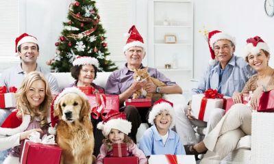 Поэтому этот год лучше встречать в весёлой компании друзей и знакомых или в кругу семьи