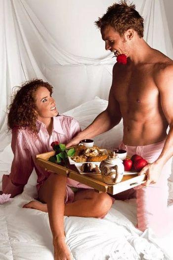 Что можно подарить жене на 8 Марта