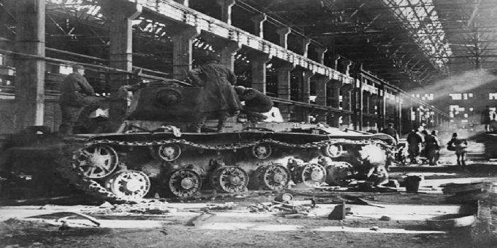 Сталинградский тракторный завод запустил производство танков,