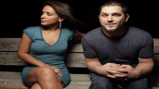 главная причина стеснительности – это прежний неудачный опыт общения с противоположным полом