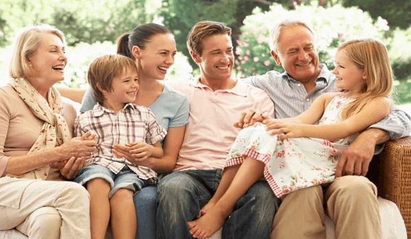 Основной целью создания семьи является любовь